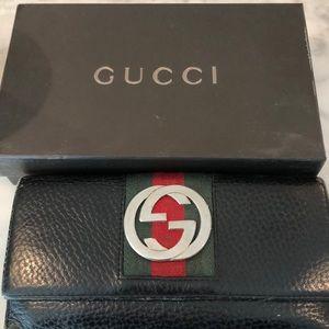 Gucci Tri fold wallet